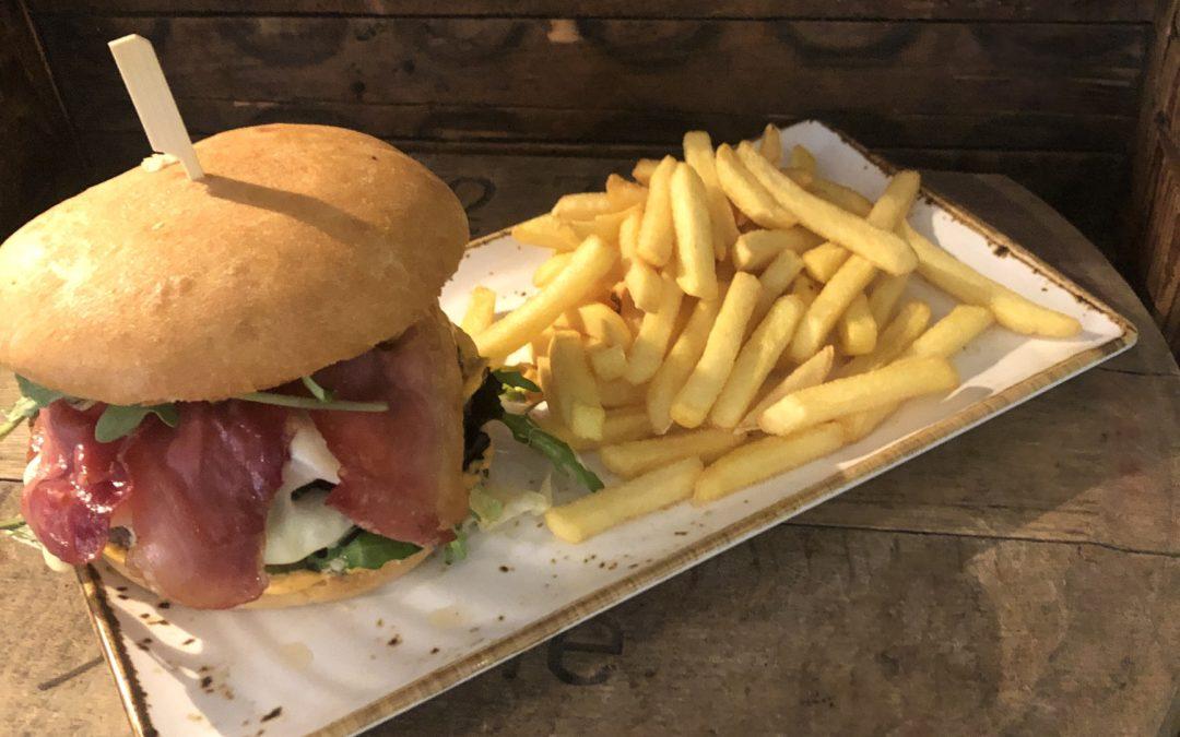Unser Bacon-Burger ist sooooooo lecker …